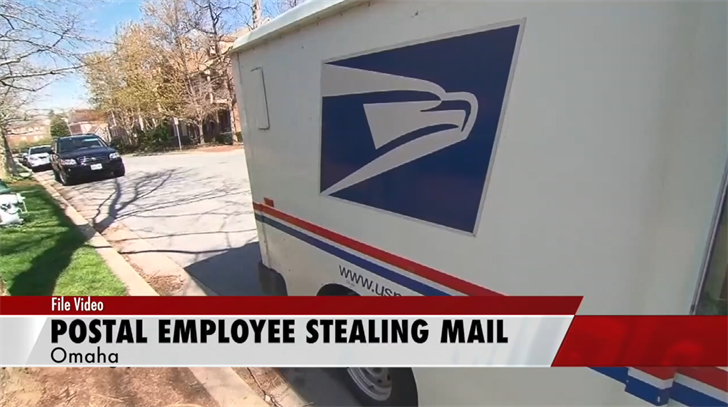 Postal employee in Omaha pleads guilty to stealing mail
