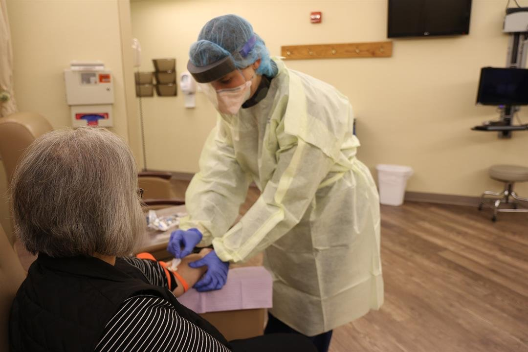 Nebraska DHHS hopes to spread information about COVID-19 vaccines