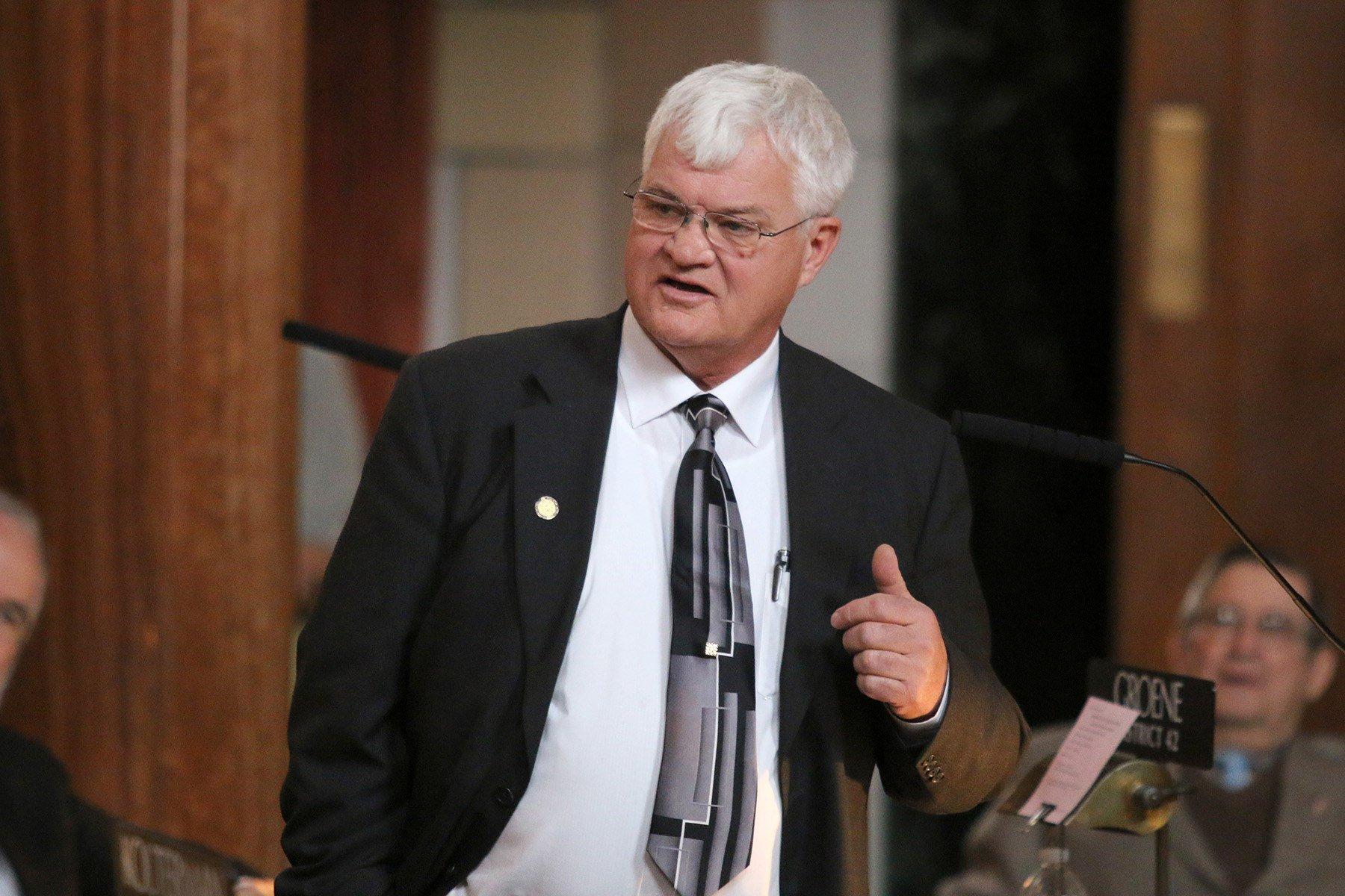 Nebraska lawmakers approve $26M corporate income tax cut