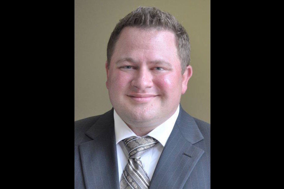 Ex-county prosecutor faces jail time for probation violation