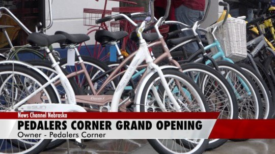 Pedalers Corner holds grand opening