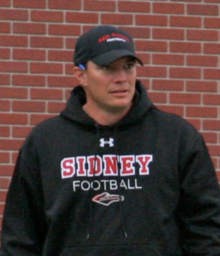 Former Sidney football coach returns to lead program