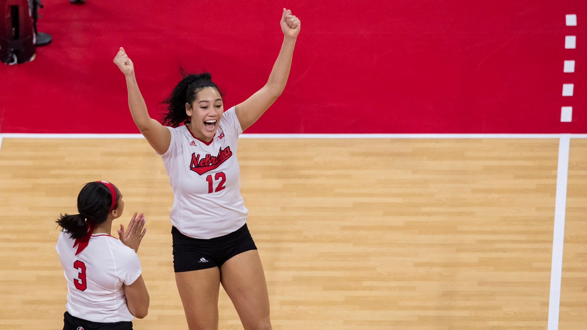 Nebraska beats Texas State, advances to round of 16 for 9th straight year