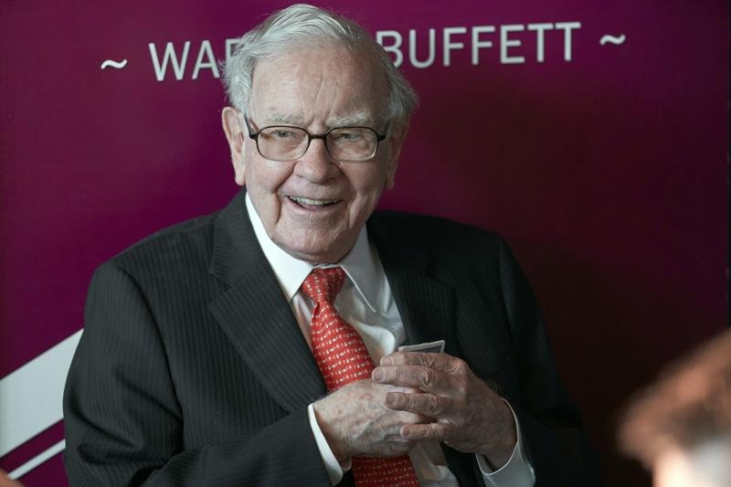 Warren Buffett says pandemic's impact still hard to predict