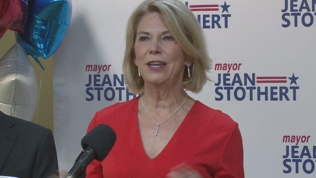 With city council's balance of power at stake, Stothert dives into one key council race