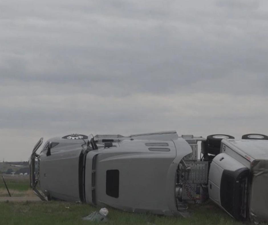 Wind gust knocks over semi, slows down North Platte traffic
