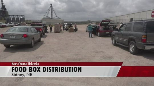 Sidney company teams up with Volunteers of America for food box distribution
