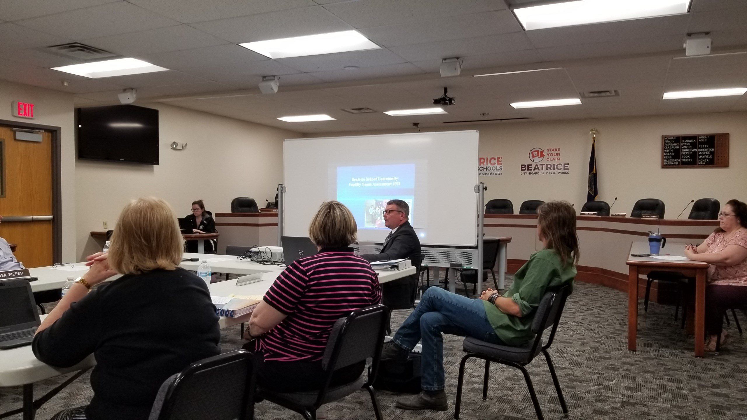 Still faced with outdated buildings, Beatrice School District reviving facility discussions
