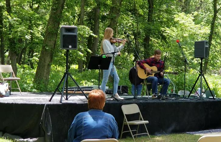 Homestead National Historical Park starts summer season with fiddle festival