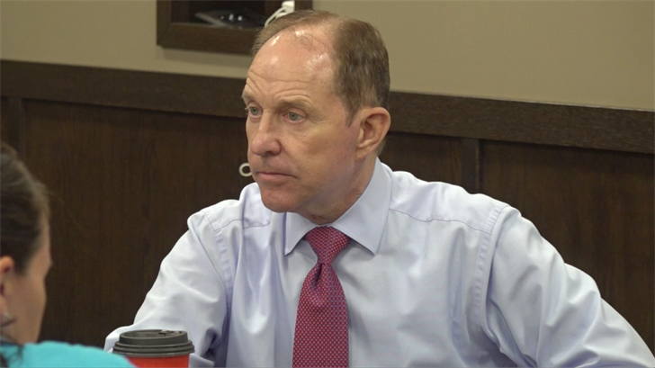Herbster holds meet and greet in Fairbury, talks taxes, Heineman