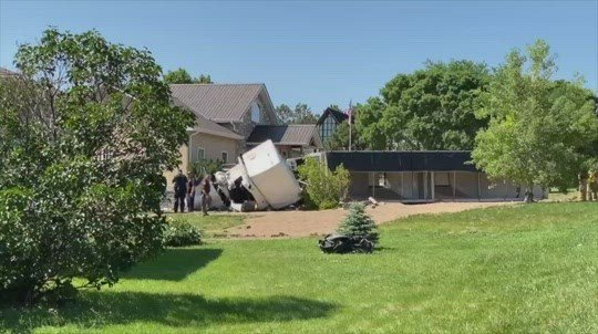 Three people die in Friday crash near Neligh