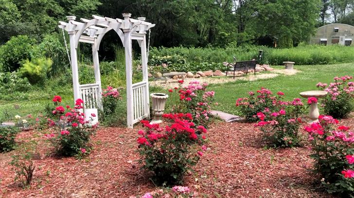 Stella arboretum blossoms into Southeast Nebraska oasis