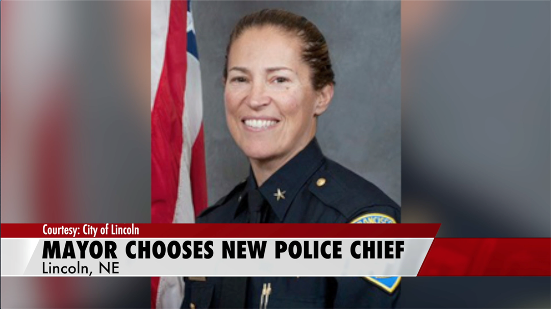 Lincoln mayor chooses first female, LGBTQ police chief
