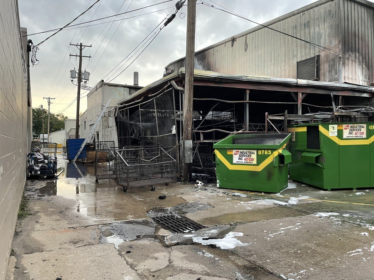 2-alarm fire at Lincoln business occupies firefighters for several hours