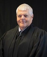 Central Nebraska judge to retire in September