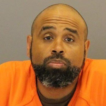 Bond set at $75K for escapee caught on Omaha rooftop