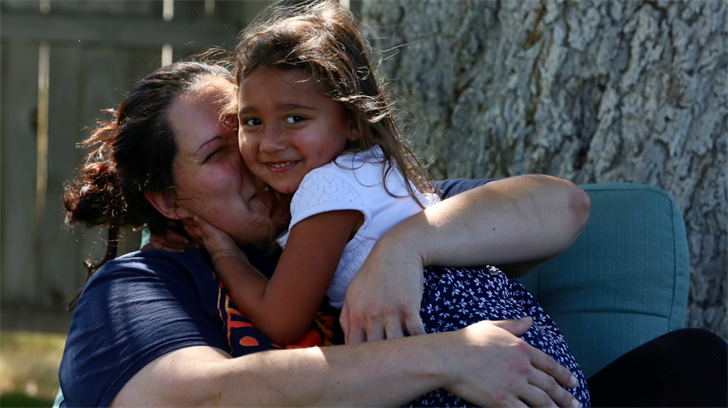 Program aims to keep moms sober, families together