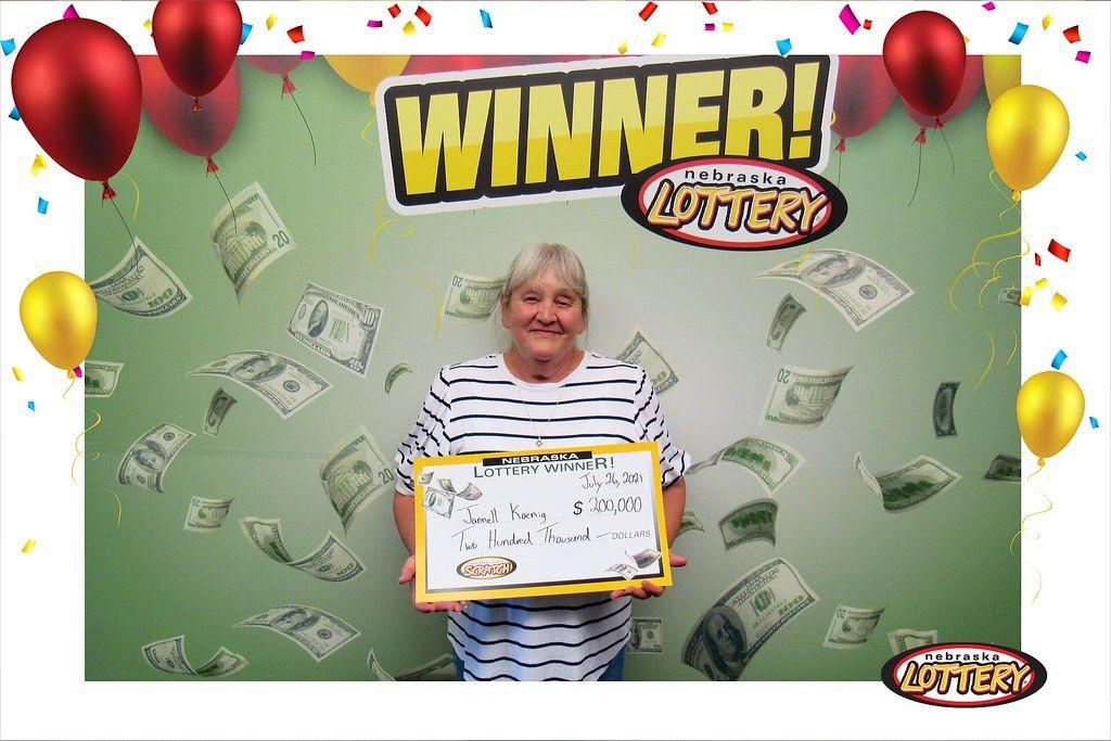 Norfolk woman wins big chunk of change through Cash Crossword