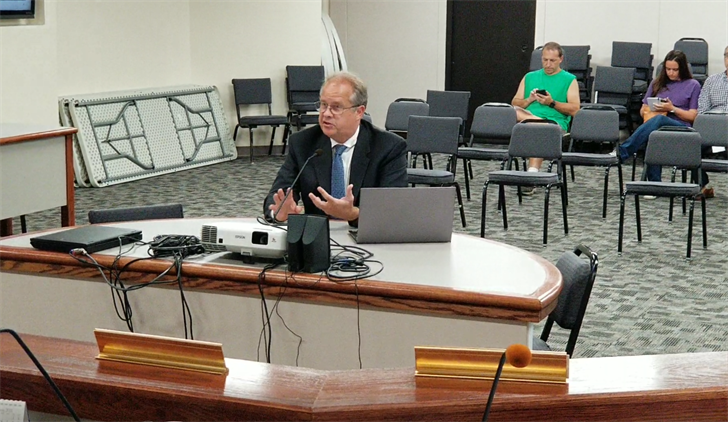 Beatrice Mayor, Council hear electric rate ordinance recommendations