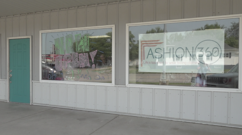 'Stay local': Norfolk native turns home-based business into storefront boutique in hometown