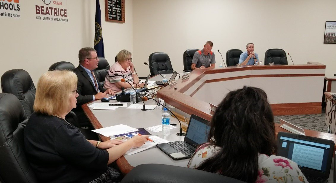 Beatrice School Board takes step toward potential lease-purchase of new pre-kindergarten through 5th grade building