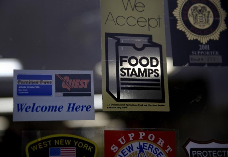Food stamp benefits to increase by more than 25% in October