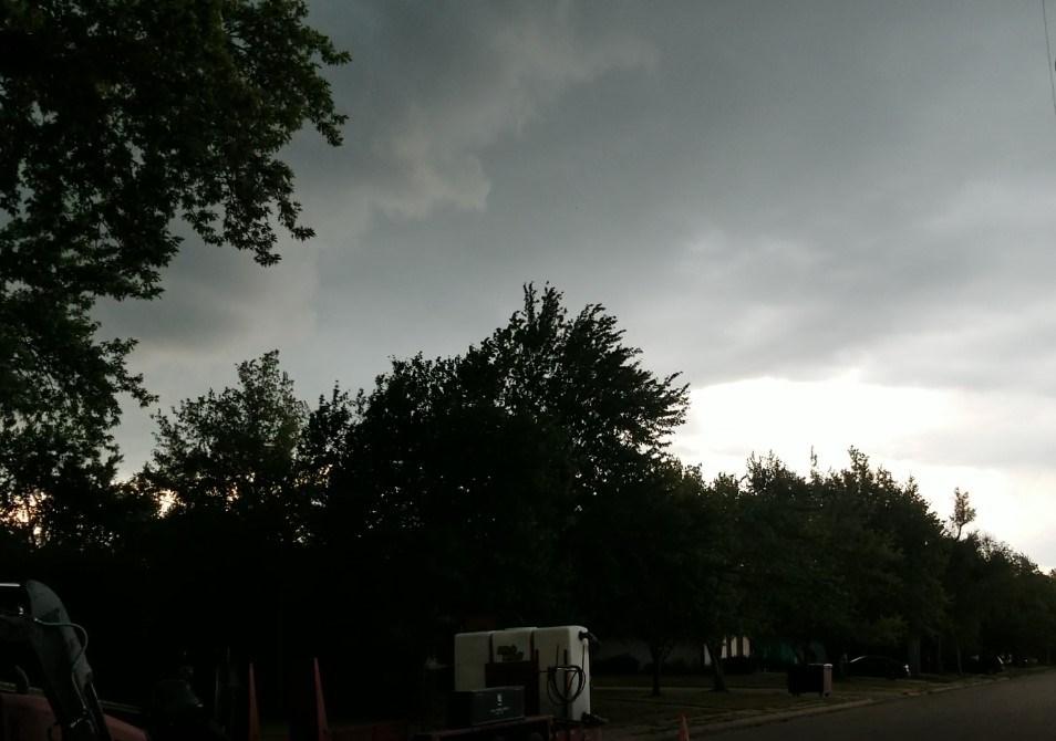 Two-state thunderstorm line early Friday night, across SE Nebraska, NE Kansas