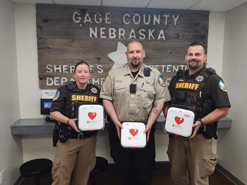 Gage County law officers now equipped with AEDs