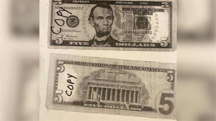 Counterfeit bills spotted in Fairbury