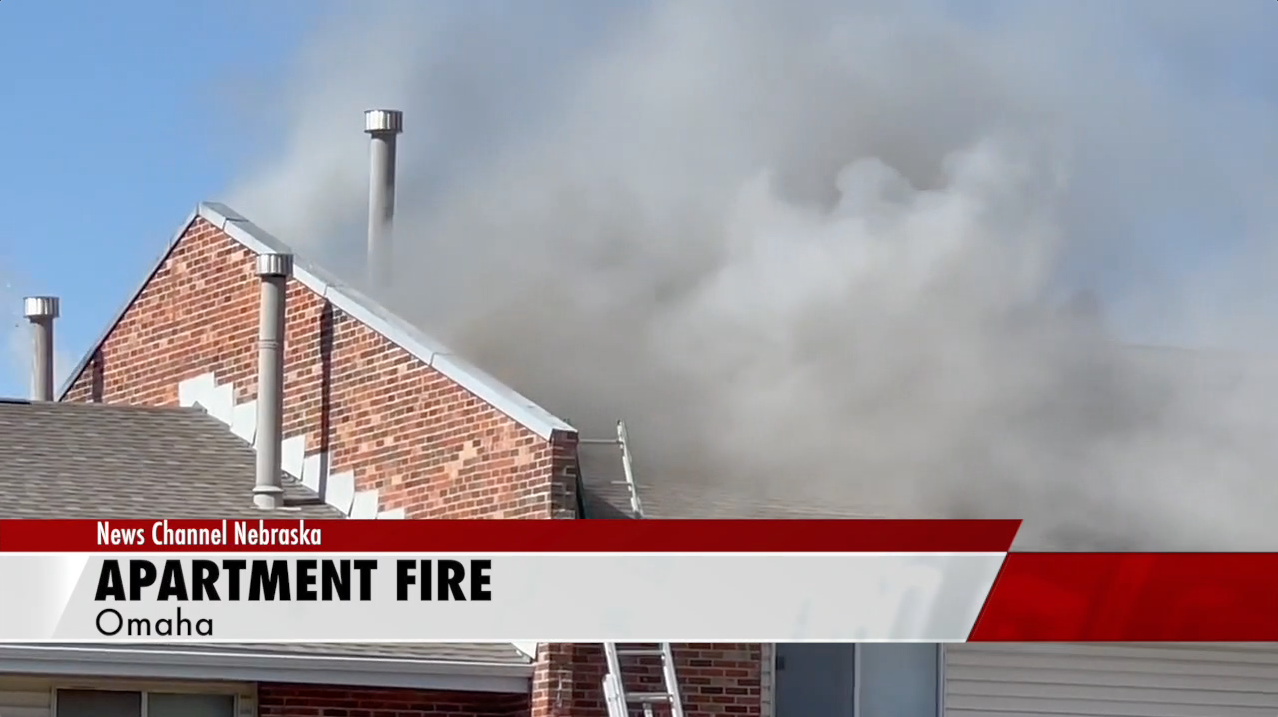 Fire displaces 24 residents of apartment building